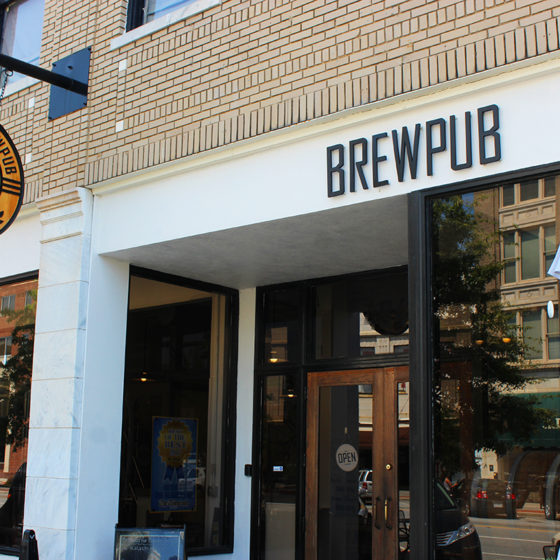 The front of Ocmulgee Brewpub Macon Georgia
