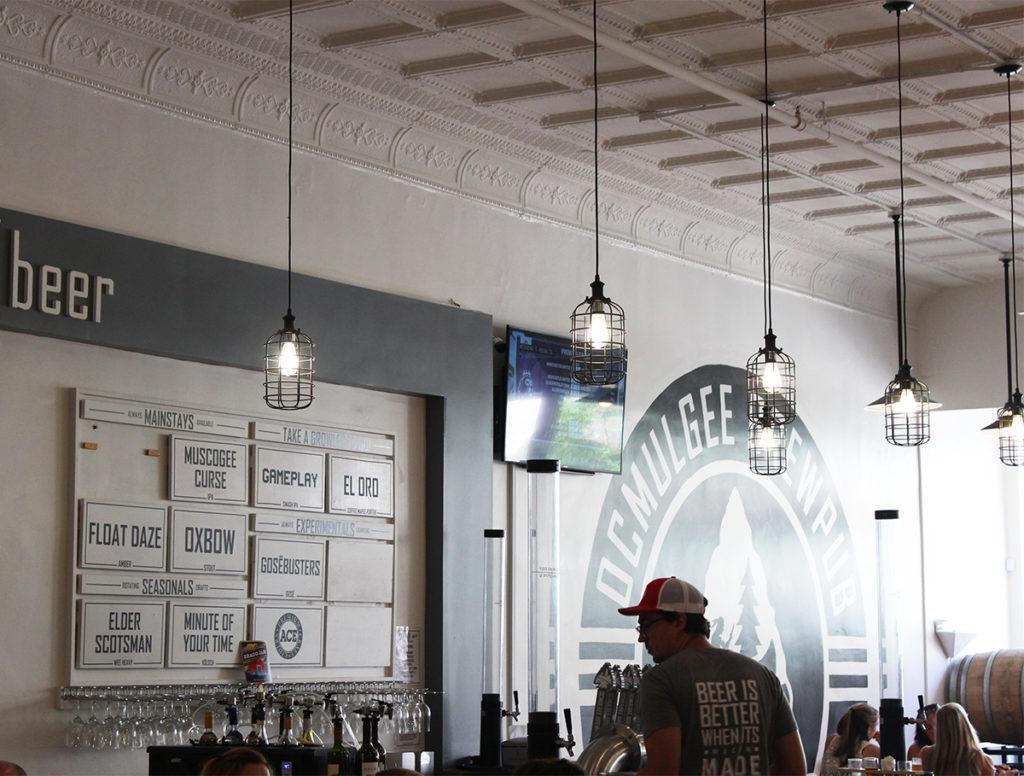 Tasting bar at Ocmulgee Brewbup
