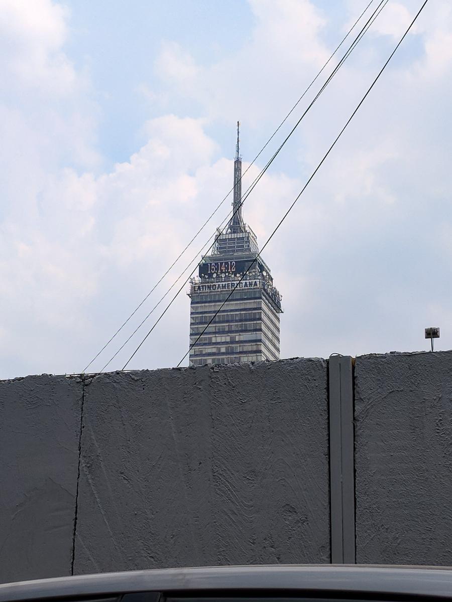 El Torre LatinoAmericana in Mexico City
