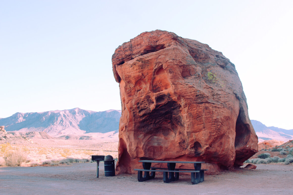 picnic table at Valley of Fire